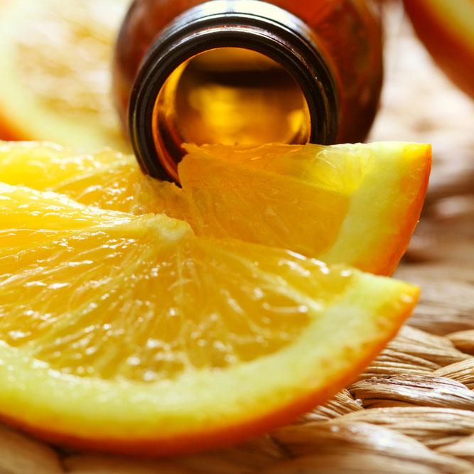 orange-essential-oil-resize xjq942